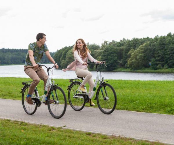 dviraciu nuomos kaina